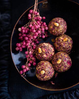 sweets pinkpower cosmopolitanmag vegan