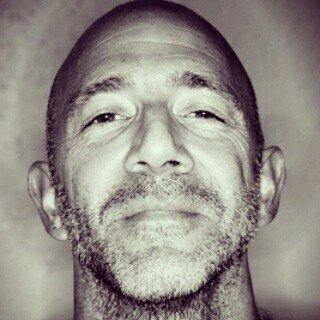 Avatar image of Photographer James  Bellorini