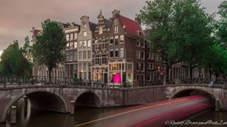 photographers photography a7m3 architecture amsterdam traveldestination nl_ilc sony lights longexposure historic outdoors canals