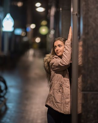 streets streetphotography sonyphotographers pose photographers people models looking lights girl city bestjobever art amsterdamphotosafari amsterdam a7iii
