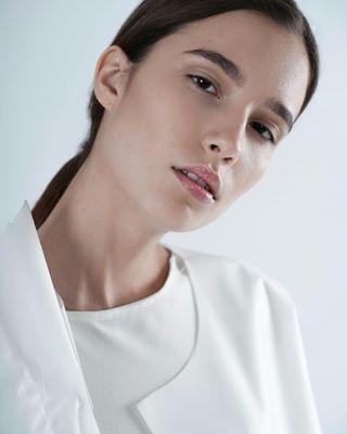 photography fashion clothes studio photoshoot balticmodels model minimal