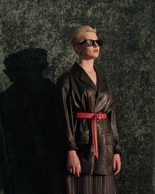 tbt model glass shine leather leatherjacket women photography sparkle sunshine photoshoot lithuanianphotographer