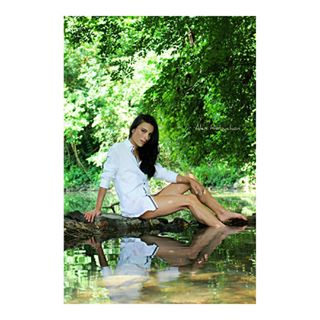 capture fashion featurehighlight photography nature green photoshoot girl beautiful art artistry_vision forest moment hvmansouls cute portrait_vision charlottewonderwaall white worldofportraits id_pics f4fofficial summer friends instajic water
