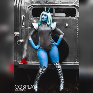 spaceaesthetic cosplayers spacequeen spacepinup style model spacebabe photoshoot spacedrag alien andorian blueskin pinup photography startrek dragqueen aliendrag cosplay