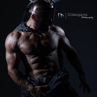 bodybuilding athlete portraitphotoshoot artistic photography art