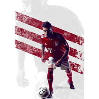 tattoo athlete uefa sport nikeshoes bayern europe fifa soccer adidas trainingday red beard man football