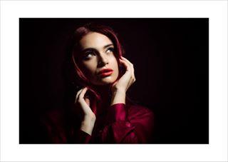 beautiful model modelling woman portraitphotography red lowkey redhead