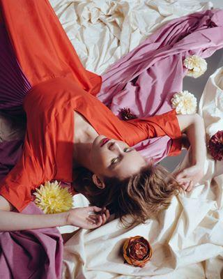 hair setdesign photoshoot photographer campaign editorial jewelry model fashion makeup artdirector