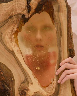 publication photographer makeup totallook artdirector editorial setdesign stylist fashion modeltest model wood