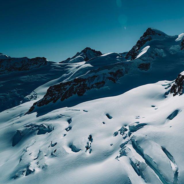 dji topswitzerlandphoto switzerland zenmusex7 jungfraujoch jungfrau inspire2 jungfrauregion drones aerial dronestagram lauschsicht flyswiss inlovewithswitzerland grindelwald_eiger visitswitzerland switzerland_vacations