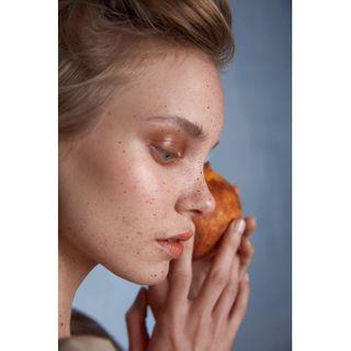 beauty editorial sustainabledesign barelona sustainable ecobeauty slowfashion consciuosfashion beutyeditorial