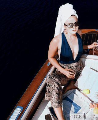 towelhat thatgirl girlsgirlsgirls brandemburg zeitmagazin diezeit zara andotherstories dussmanngulf welltravelled boating girlsandboats girl summerdays onthewater bewatermyfriend boat sport mentalhealthawareness wellness weekend