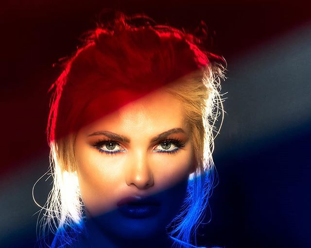 makeup beautiful ingmarfoto red look color moment photooftheday lashes awesome eyes blue