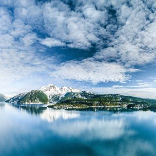 pnw amazing water mountains fit canada hike vancouver whistler nature explore pacificnorthwest beautiful wanderlust lake