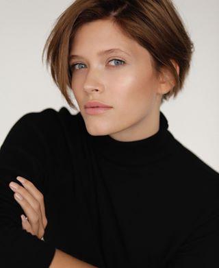 50mm daylight girl modeltest natural portrait