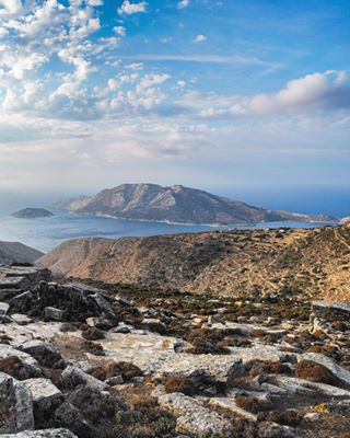 cyclades_islands sonya7iii sonyalpha sunset landscapephotography view islandlife landscape rural saltykindoflife amorgosisland illgrammers way2ill greekislands greece mypointofview amorgos fatalframes peaceful sea bliss heatercentral tonesbox visualambassadors gramslayers cyclades landscape_lovers tones landscapes houseoftones