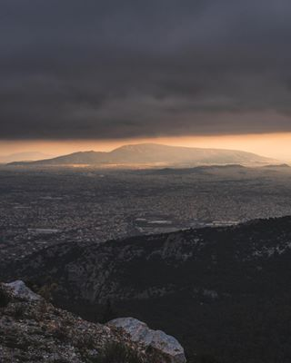 athensgreece sonyalpha way2ill urbanlandscape sunset greece mountain visualambassadors sonya7iii fatalframes urbanphotography cityscape citygrammers urbanjungle gramslayers sunsetlovers heatercentral sunset_pics sunset_stream mypointofview concretejungle athens sunrays welivetoexplore athenscity view cloud illgrammers sunsets tonesbox