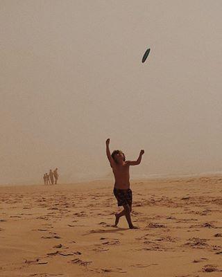 summercollection simplelife beach livesimply fun childhood child minimalism goingminimalmag freedom