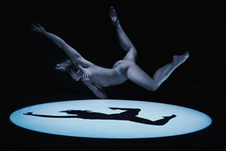 impliednude photography dancer art photographystardust kunst kunstfotografie weightless tänzer arts artistic