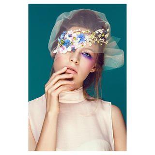 base beautiful beauty concealer cosmetic cosmetics crease eyebrows eyeliner eyes eyeshadow fashion foundation glitter gloss glue instamakeup lash lashes lip lips lipstick makeup mascara palettes photo📸 powder primers tar