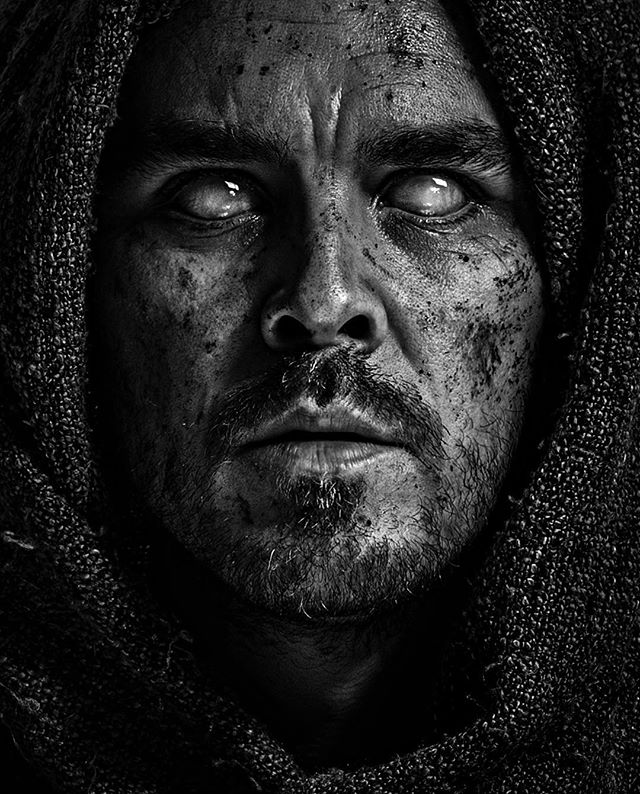 blind culturainquieta selfportrait kdpeoplegallery forthethrone blackandwhite davidbokeh moodyportraits sombrebeings mood themysterypr0ject autorretrato