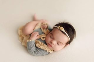 newborn babyshower happy theoriginalphotoblocks itsybitsyblooms miajoystudio giftidea photoshoot cork baby mkslowinskiphotography
