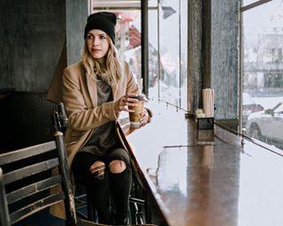 street cafe providenceri shoot fashionblogger tealuxe fashion providence bostonfashionblogger winter winterfashion thayerst tea coffee