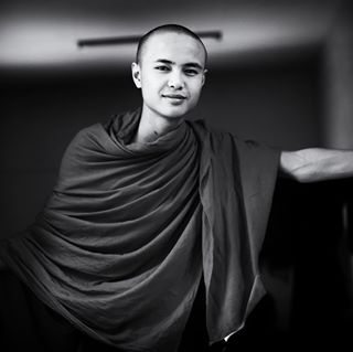 spiritual entrepreneur mandalayarn buddhism tombilyeu buddha sadhu instagram travel monk art religion photography monks freinds impacttheory freindship impacthouse blackandwhitephotography repost ubainbridge entrepreneurship temple