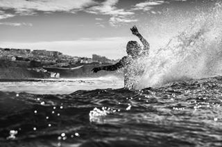 surfphotography intoyourface portugal splwaterhousing spray ericeira 50mm pedrabranca