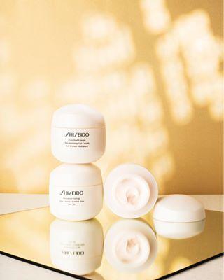 shiseido beautyphotography flatlay beautyflatlay shiseidorussia stillife