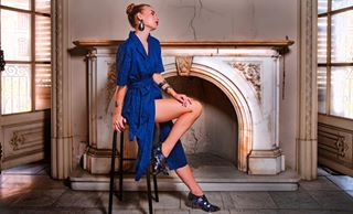 bluedress pictureoftheday fashioneditorial marblefireplace fashion photographer miguelbenajes model