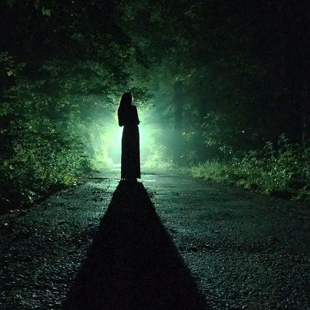 story shadow dark shadows sofia iphonephotography night blackandgreen silhouette vsco vscobulgaria darkness light mobilephotography visual green black girl latenight scifi rain walk