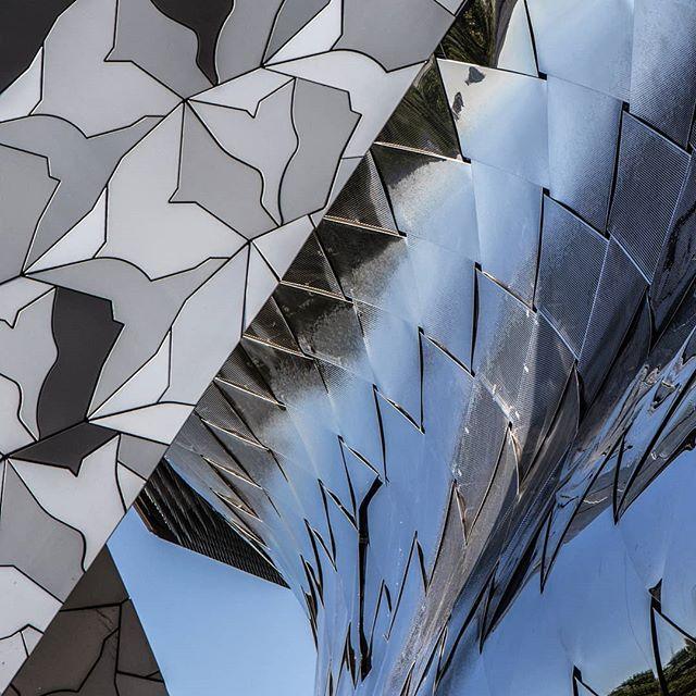 love buildings paris mood architecture exploreparis reflections archlove tourdesvet atmo archdaily music shades worldupsidedown patterns