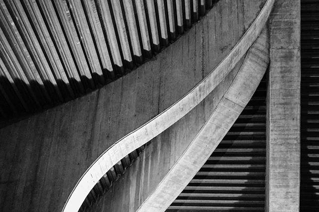 symmetry photography structure milano bw shapesshadowssymmetry ignaziogardella church blackandwhite architecture brutalistarchitecture shapes canonbwphoto brutalism architecturehunter patterns concrete italy photolove