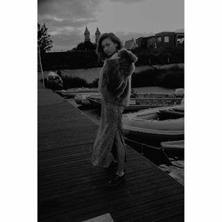 photographer poland fotografia moody photosession flawless fashiongoals poznan inspiration fotograf model fashionphotography blacandwhite lodz modeling ootd photooftheday photography bw fashion 2019 bwvibes photo