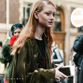 pfwfw1819 saragrace candid collection france ikwydln paris redhair saragracewallerstedt fw18 fashion photographer clothes fashionista pfw ninaricci fashionweek model redhead ikwydlnstreetstyle fashionphotographer motion look celebrity style outfit streetstyle woman famous grace