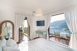 realestate seaside seaview vacation holiday holidays pelloponisos greece photoshooting photography bedroom