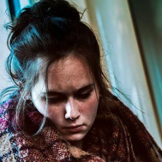 apricotmagazine brussels filmfeed filmisnotdead girlsonfilm portrait portraitphotography solitarycrowd stib taintedmag