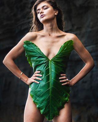 model girl amazona look portraiture sandblackbeach green fashion rocks reckless beach bali leaf naturallight ootd warrior portrait jungle vibe hairstyle narural