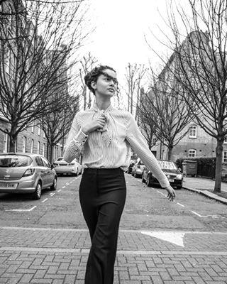 model ootd light portrait london style girl natural lfw19 stylish cute photography beautiful women glam friend britishmuseum hairstyle fashion makeup londonfashionweek2019 naturallight beauty blackandwhite portraiture look smile