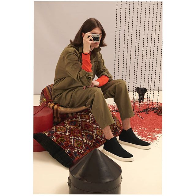 setdesigner styling rugs cushions setdesign makeupartist model photography hairartists setdesignassistant