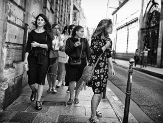 streetphotography streets leica lemarais blackandwhite paris girlpower lucvervoort
