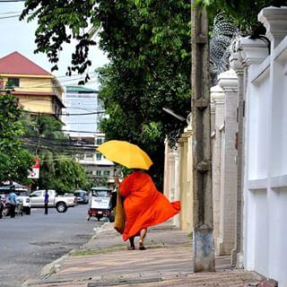 justliving2015 asia life photographer travel humansmagazine photography phnompenh cambodia