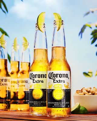 beachmood photography beer studio corona summer canon profoto