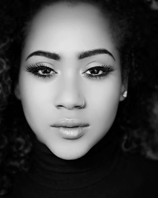 headshots petrosphotography habeshamodel model blacknwhite_perfection ukmodel
