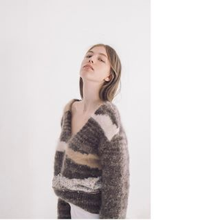 netherlands studio perjusmag portrait dnamag sun schonmagazine interior theoctobermagazine loupemag fashion light model ifyouleave editorial teen beauty girl amsterdam photography lulajapan