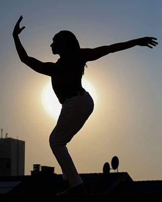 artlovers instagood igdaily chloecornelisse spirituality photography📷 solar body dance dancing portrait igersbelgium dancephotography shadows sky igersfrance