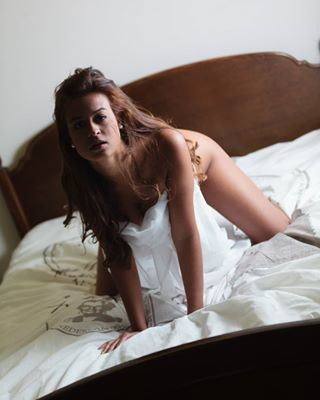 boudoir photography implied studioh8 lingerie boudoirphotography body beauty girl photoshoot boudoirphotographer studio