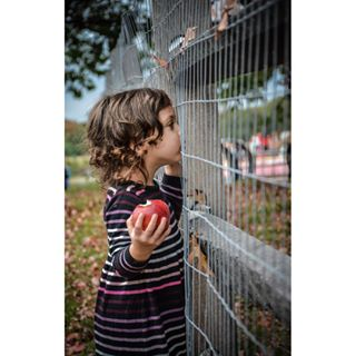 bettergeneration future portraitphotography cherrytrailsphotography portraitofagirl dontfencemein