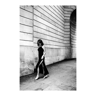 london shooting blackandwhite dress woman style contrast shadow blackandwhiteisworththefight stories beautiful bw